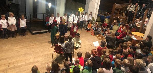 Weihnachtsgottesdienst mit der Grundschule forum thomanum